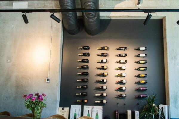 Pilt 4 - LED siinivalgustid Rotermannis asuva restoran Levier laes.