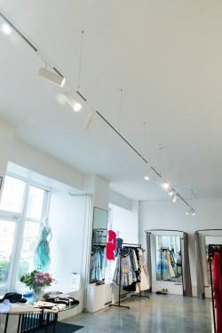 Pilt 5 - LED siinivalgustid moedisaineri ateljee laes - Mammu Couture OÜ