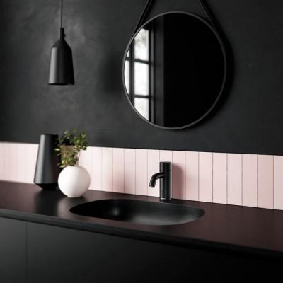 Pilt 4 - Damixa Touchless puutevaba must segisti vannitoas.