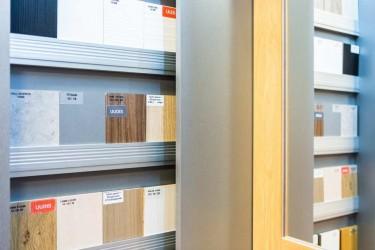 Pilt 7 - Garderoobides aktuaalne: LED-lahendused, käänduks ja ehtelaegas