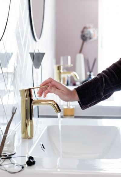 Pilt 13 - Vannitoakraan - harjatud messing kuld