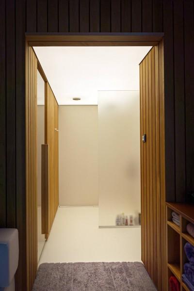 Valguslagi vannitoas - 4