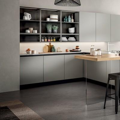 Köögitrendid 2021: klaasist püstak-vitriinid, riiulid, uued fassaadid