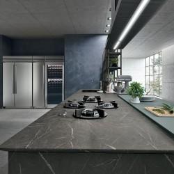 3 - Erilised leiud Paradizo salongis: transformer-lauad, erimõõdus madratsid ja Itaalia köögid