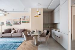2 - Erilised leiud Paradizo salongis: transformer-lauad, erimõõdus madratsid ja Itaalia köögid