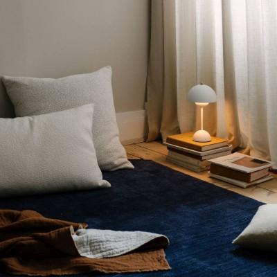 Pilt 4 - Maalähedastes toonides linasest materjalist Collect sarja padjad. Tootja: &tradition