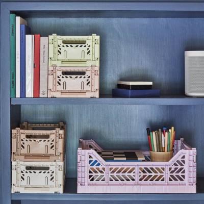 Pilt 10 - Kahes suuruses plastikust Colour Crate säilituskastid on samuti valikus väga erinevates värvides. Tootja: HAY