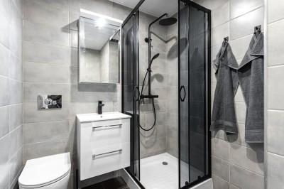 Väikese vannitoa kapitaalremont - 6