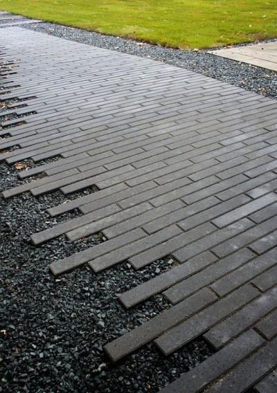 Must graniidipuru ja hallid sillutuskivid - 1