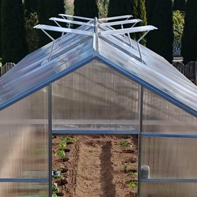 Nutikas kasvuhoone toimetab ise ja kasvatab saagikust