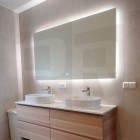 Vannitoa LED valgustusega peegel udueemaldusega - uudistoode!