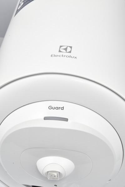 Electrolux Guard kaetud küttekehaga vertikaalne soojaveeboiler - 1