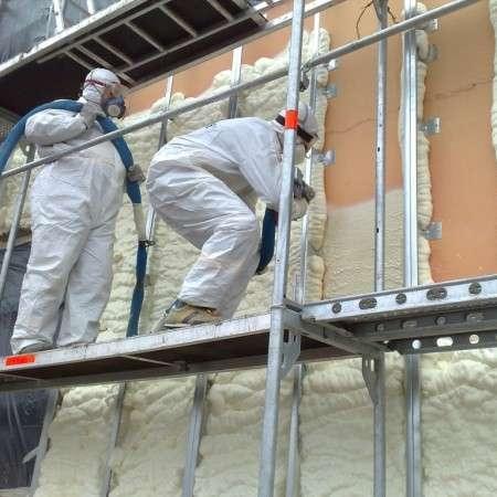 Polüuretaanistpritsvaht on efektiivne maja soojustusmaterjal