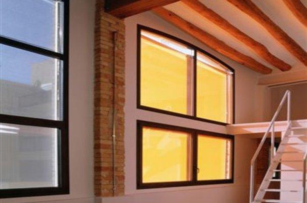 21 - PÄIKESEDEKOORI OÜ SUNDECOR Suurim aknakatete tootja Eestis
