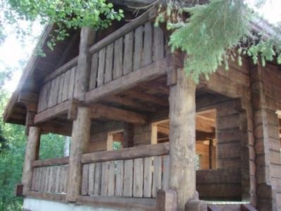 AMELLO GRUPP OÜ looduslikud puiduõlid, vahad, peitsid