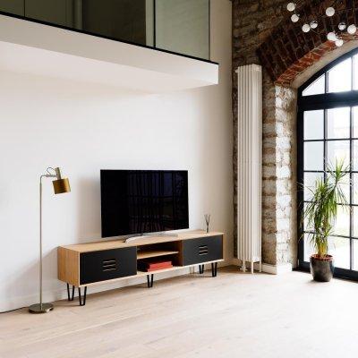 10 - TV-kapp Noble