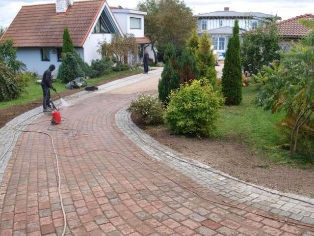 11 - HARJUMAA HALJASTUS OÜ aiakujundusprojektid, haljastustööd, piirdaiad