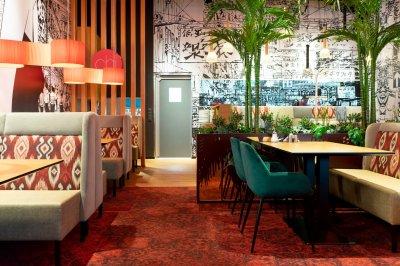 11 - Pehme mööbli uuendus Ülemiste keskuse Chi restoranis. Foto: Elis Jurkatam