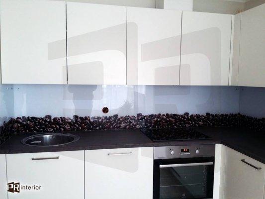22 - Fotoklaas köögitasapinna tagaseinas