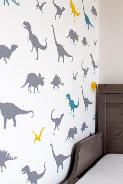 5 - dinosauruste muster lastetoa seinal