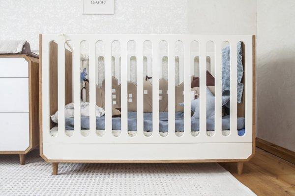 Pilt1-UUP Disain OÜ taburetid, toolid, valgustid