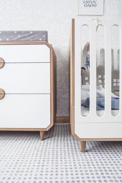Pilt19-UUP Disain OÜ taburetid, toolid, valgustid