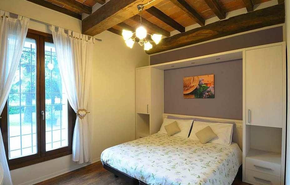 ANCONA DISAIN OÜ erimööbel hotellidele ja apartementidele, miniköögid, disainuksed