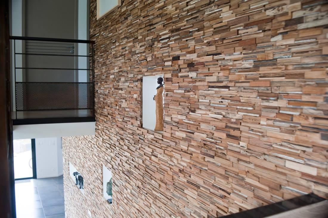 OLIKOL GRUPP OÜ puidust seinapaneelid ja seinalauad, looduskivid