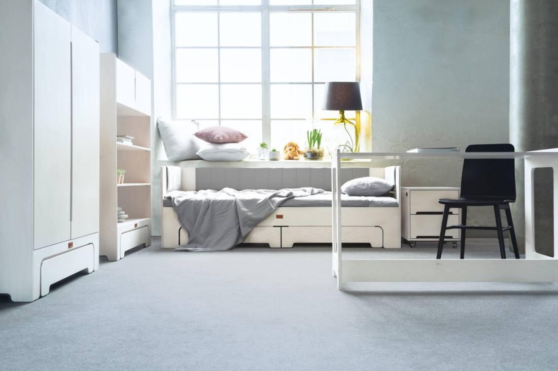 12 - KAISSU magamistoamööbel, lastetoamööbel
