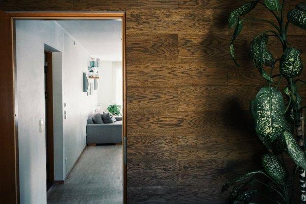 3 - Groveneer OÜ tammespoonist seinakleebis