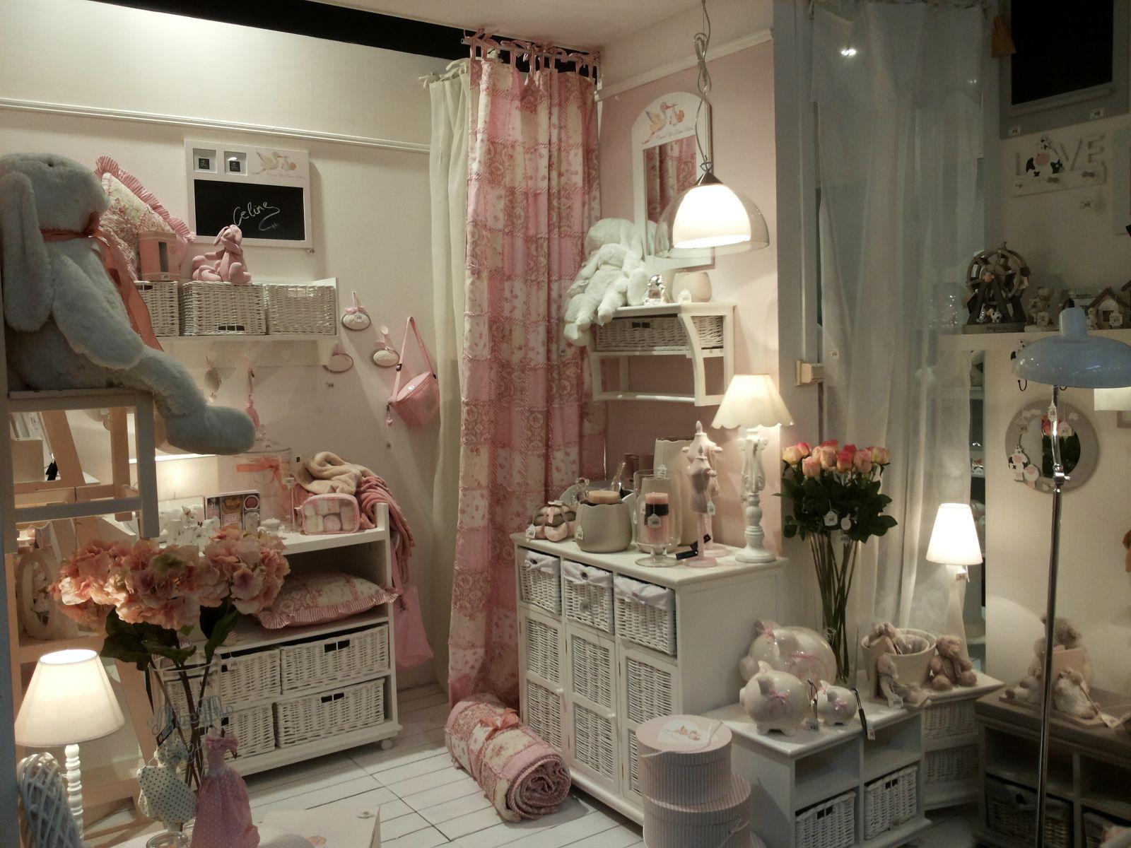 KODUBUTIIK.ee romantiline mööbel ja aksessuaarid