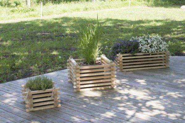 8 - LarixFURN välimööbel, aiatoolid, lillekonteinerid