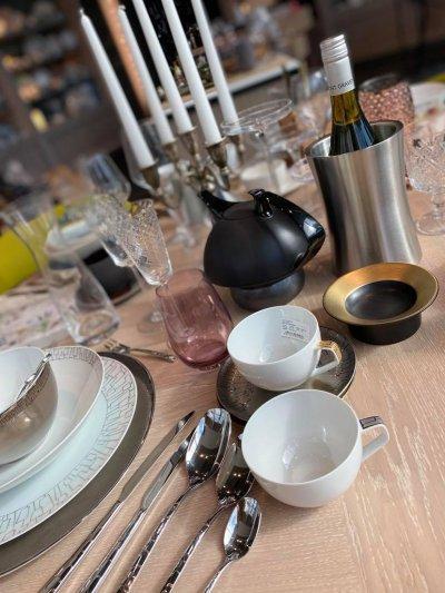 8 - GASTROLINK tableware and kitchen utensils