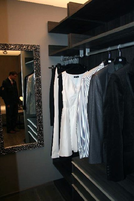 Garderoob, EGO; peegliraam, Duo Pildiraam
