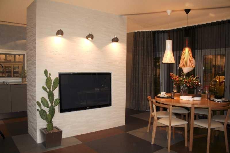 Lae- ja seinavalgustid Moodne Valgus, kunstkaktus Shishi, põrand Floorin