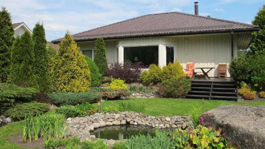 Eramute ja korruselamute hulgast tunnistati võitjaks perekond Kalamäe kodu Kelvingi külas, Viimsi vallas.  (Harju Maavalitsus)