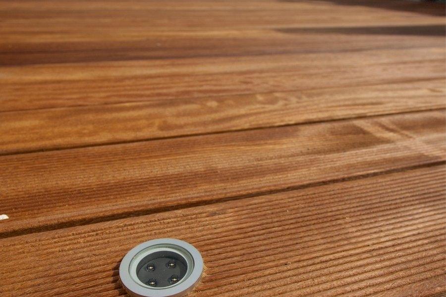 Eksootilisest puidust terrass www.e-sisustus.ee
