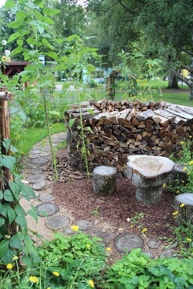 """Inspiratsiooni aiakujunduseks """"Suhtlusaed"""" ja """"Võluaed"""""""