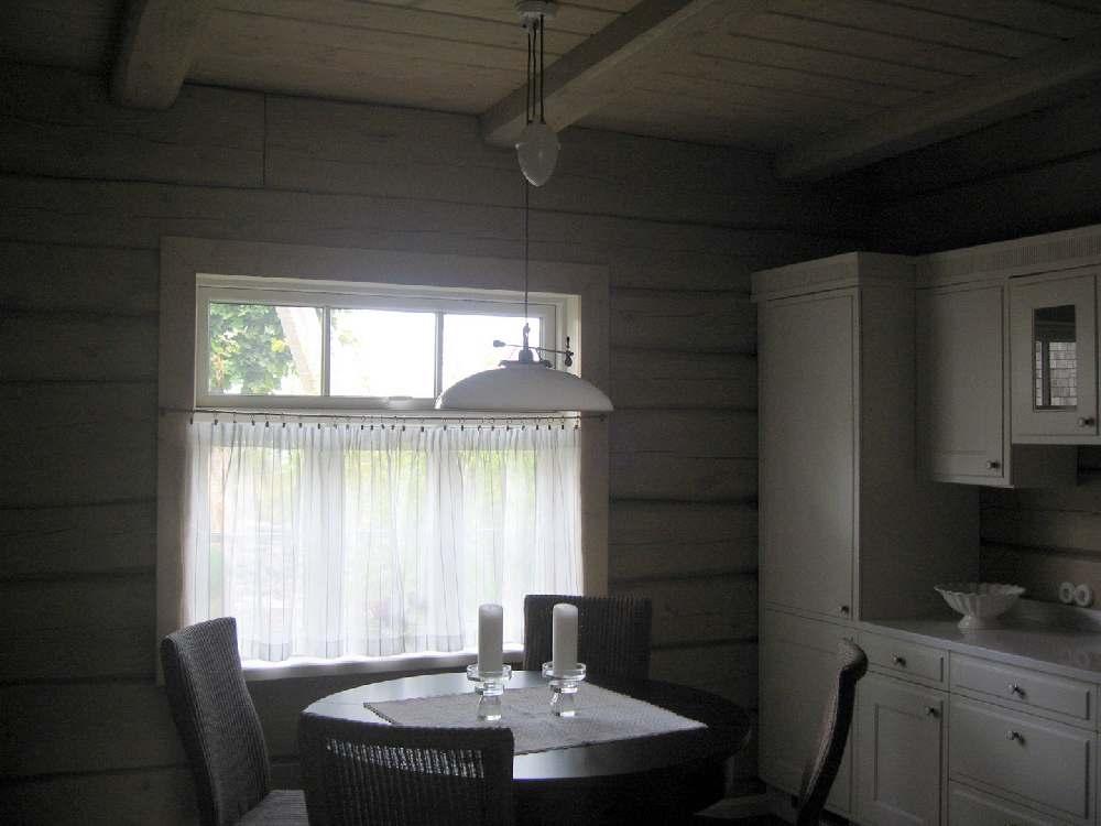 Skandinaavialikult hubane maakodu (palkmaja) Saaremaal