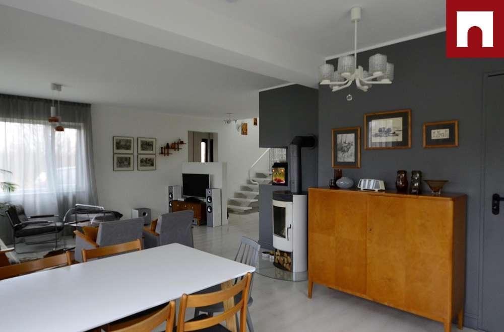 Valgusküllane, valge ja lahedalt isikupärane kodu Pärnumaal