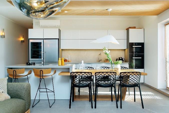 Avatud köök ja elutuba