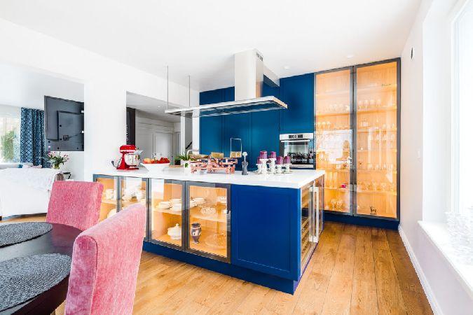 Värviline köögimööbel