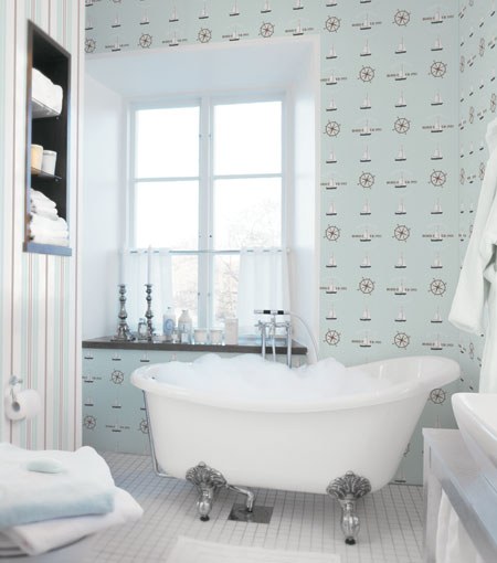 Mere teema sisekujunduses (vannituba)