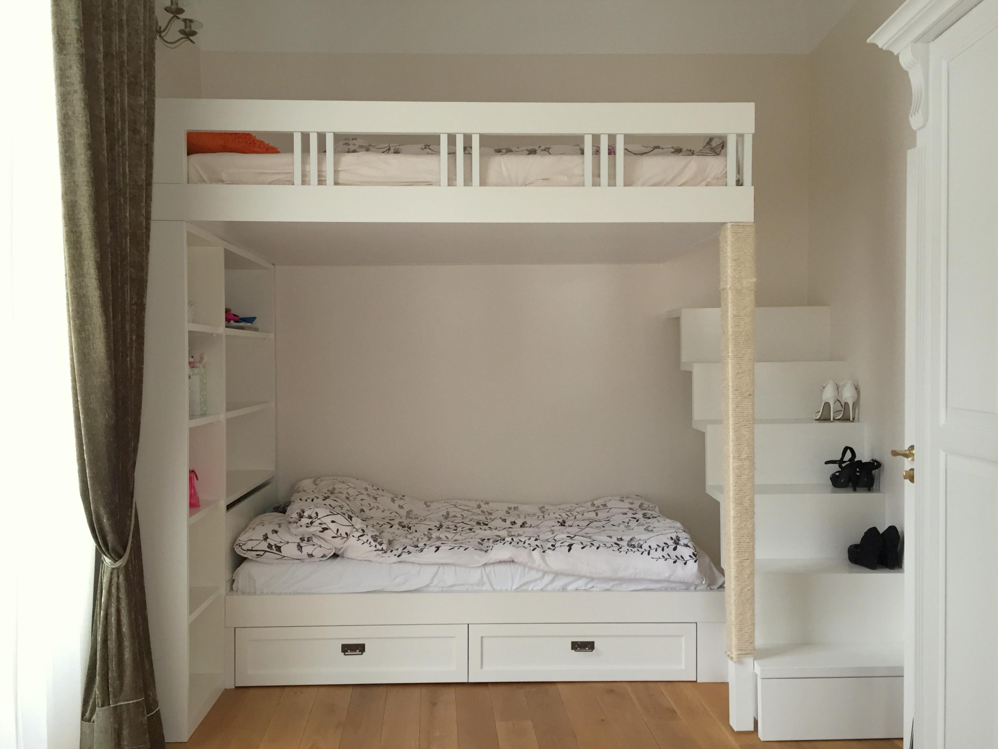 Tüdrukute tuba