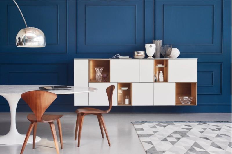 Trendikalt sinine sein ja sellega hästi haakuv kaasaegne mööblilahendus ning vaip!