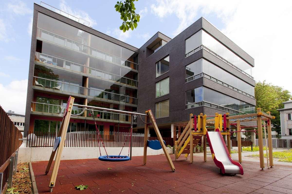5e94d5e3b33 Hermanni Maja – uus, modernse arhitektuurikeelega kodu Kassisabas.  Suurepärane asukoht toob maja elanike jaoks 3 väärtuslikku piirkonda  jalutuskäigu ...