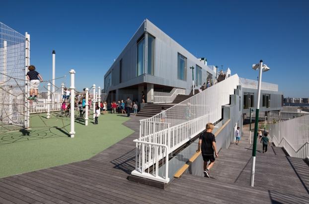 Termotöödeldud puit - South Harbour School, Taani, Kopenhaagen – JJW Arhitektid