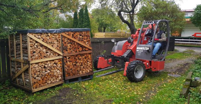 Küttemajanduse täisteenus: pelleti, briketi või küttepuu tellimus otse garaaži