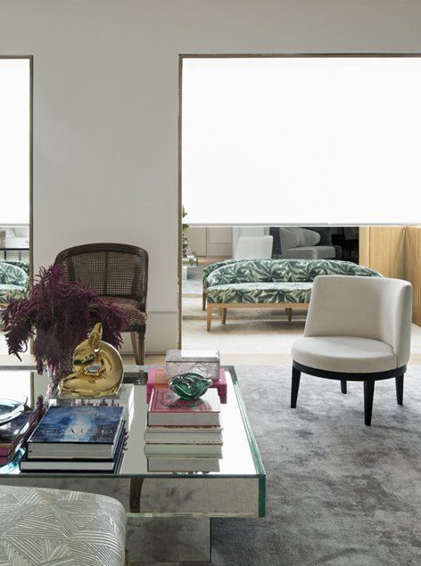 Bordo Apartment Brasiilias 2018 aastal. Uus pehme mööbel vanas heas disainivõtmes.
