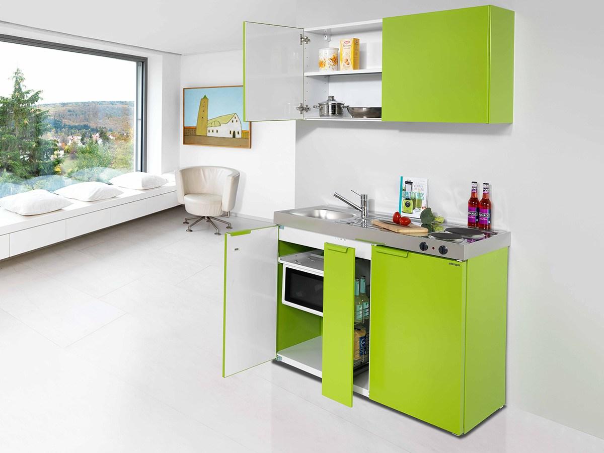 Väikese köögi mööbel